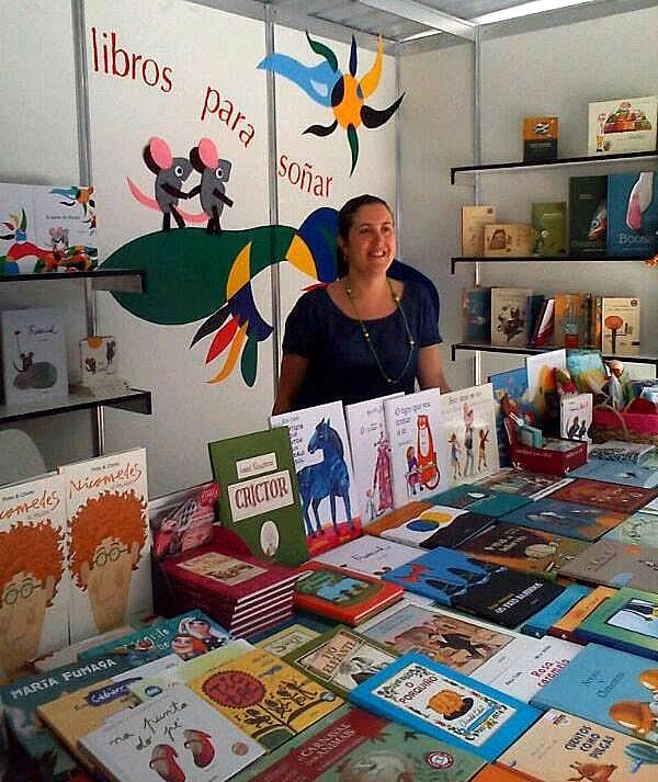 LIBROS PARA SOÑAR, na caseta nº6 da Feira do Libro de Vigo.