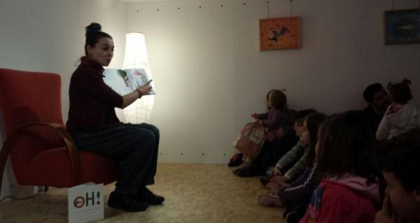 Beatriz Campos, na sesión de contacontos de Libros para Soñar.