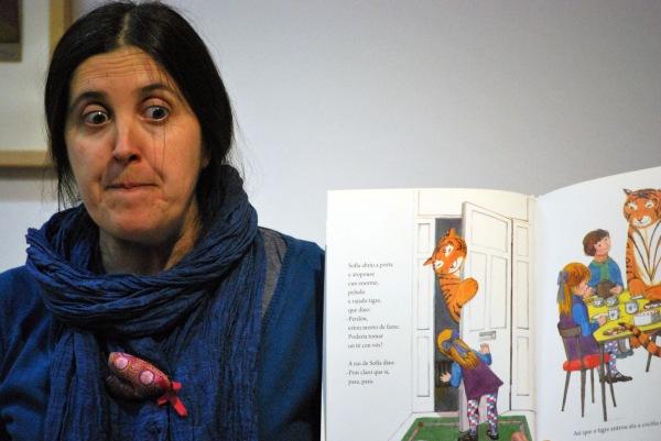 Carmela Sieiro, na sesión de contacontos do 14º aniversario de LIBROS PARA SOÑAR.