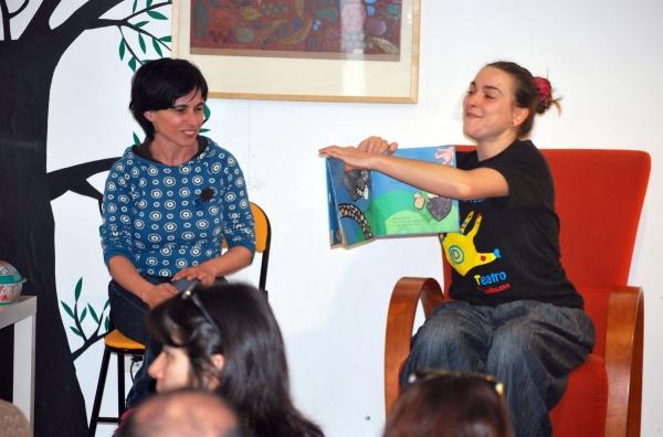 """Contacontos para bebés no Día do Libro, en Libros para Soñar. Contado """"Chibos chibóns""""."""