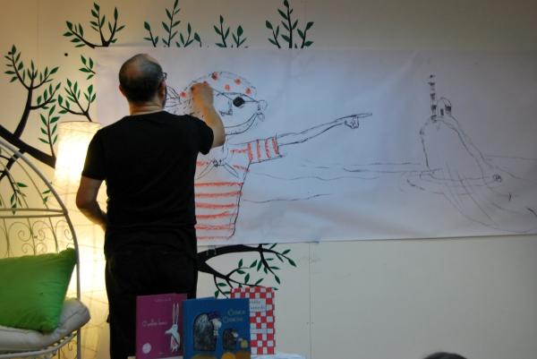 """Ramón Trigo ilustrou """"O pirata Pata de Lata""""."""