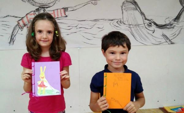 """Obradoiro """"Cómo se constrúe un libro"""", con Ramón Trigo."""