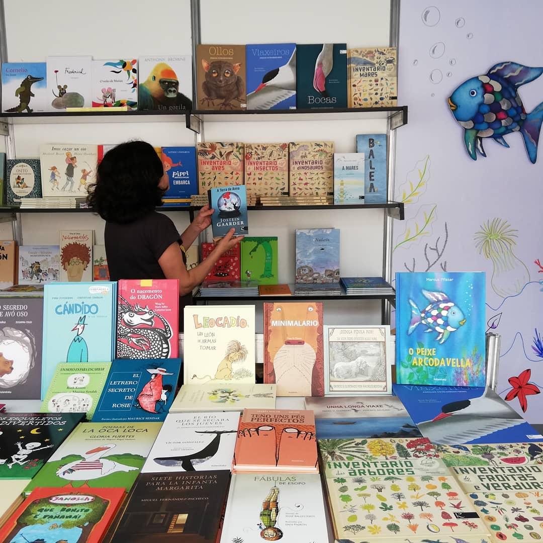 Caseta de LIBROS PARA SOÑAR na Feira do Libro de Vigo